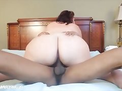 Bbw redhead sucks and rides..