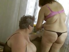 Chubby grannies lesbo fuck