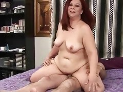 Man fucks sexy fattie