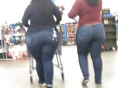 Latina phat ass jeans duo