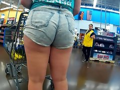 Shorts pulled up her bbw ass