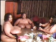 Ssbbw strip poker