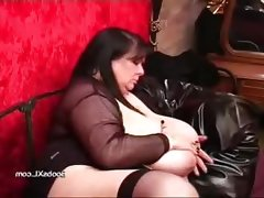 German goth bbw shows her..