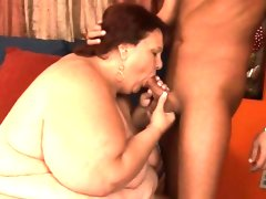 Chubby whore gets her clean..