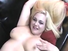 Blonde bbw teasing her ass..