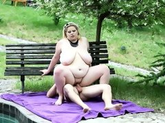 Bbw rebecca punishes her..