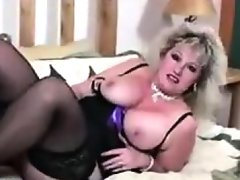 Thick mature slut in black..